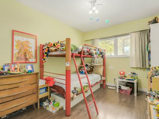 Photo 11: 670 E 13TH AV in Vancouver: Mount Pleasant VE House for sale (Vancouver East)  : MLS®# V1140453
