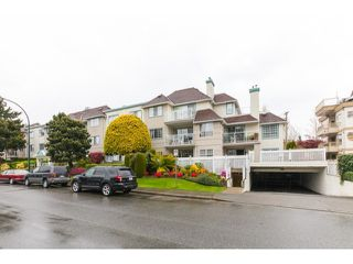 Photo 2: # 201 1140 55TH ST in Tsawwassen: Tsawwassen Central Condo for sale : MLS®# V1118885