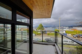 Photo 2: 306 2336 WALL STREET in Vancouver: Hastings Condo for sale (Vancouver East)  : MLS®# R2250554