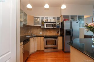 Photo 13: 702 845 Yates St in VICTORIA: Vi Downtown Condo for sale (Victoria)  : MLS®# 827309