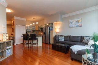 Photo 5: 702 845 Yates St in VICTORIA: Vi Downtown Condo for sale (Victoria)  : MLS®# 827309