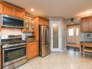 Photo 6: 2195 Hawk Dr in COURTENAY: CV Courtenay East House for sale (Comox Valley)  : MLS®# 831486