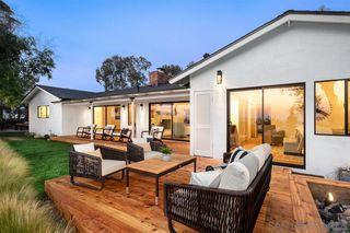 Photo 7: DEL CERRO House for sale : 4 bedrooms : 5472 Del Cerro Blvd in San Diego