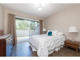 """Photo 13: 15967 ALDER Place in Surrey: King George Corridor Townhouse for sale in """"ALDERWOOD"""" (South Surrey White Rock)  : MLS®# R2478330"""