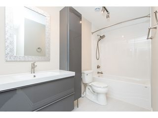 """Photo 12: 15967 ALDER Place in Surrey: King George Corridor Townhouse for sale in """"ALDERWOOD"""" (South Surrey White Rock)  : MLS®# R2478330"""