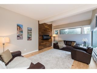 """Photo 8: 15967 ALDER Place in Surrey: King George Corridor Townhouse for sale in """"ALDERWOOD"""" (South Surrey White Rock)  : MLS®# R2478330"""