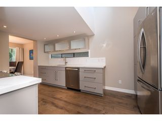 """Photo 5: 15967 ALDER Place in Surrey: King George Corridor Townhouse for sale in """"ALDERWOOD"""" (South Surrey White Rock)  : MLS®# R2478330"""