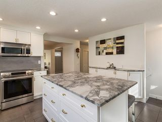 Photo 18: 519 PARKVALLEY Road SE in Calgary: Parkland Detached for sale : MLS®# A1031472