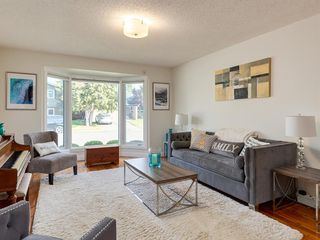 Photo 6: 519 PARKVALLEY Road SE in Calgary: Parkland Detached for sale : MLS®# A1031472
