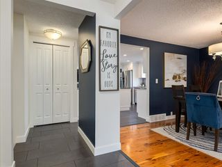 Photo 4: 519 PARKVALLEY Road SE in Calgary: Parkland Detached for sale : MLS®# A1031472