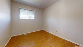 Photo 10: 202 Grant Street in Saskatoon: Forest Grove Residential for sale : MLS®# SK827961