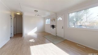 Photo 4: 202 Grant Street in Saskatoon: Forest Grove Residential for sale : MLS®# SK827961