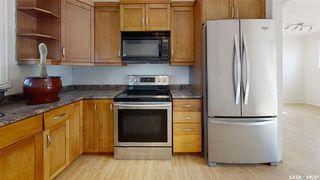 Photo 2: 202 Grant Street in Saskatoon: Forest Grove Residential for sale : MLS®# SK827961
