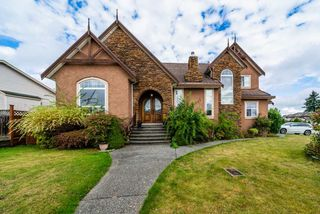 Photo 1: 8955 161A Street in Surrey: Fleetwood Tynehead House for sale : MLS®# R2508001