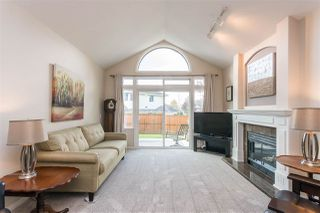 """Photo 5: 14 4725 221 Street in Langley: Murrayville Townhouse for sale in """"Summerhill Gate"""" : MLS®# R2511152"""