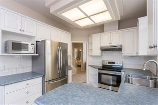 """Photo 11: 14 4725 221 Street in Langley: Murrayville Townhouse for sale in """"Summerhill Gate"""" : MLS®# R2511152"""