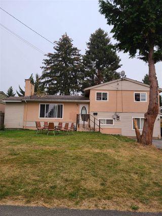 "Photo 2: 8710 144 Street in Surrey: Bear Creek Green Timbers House for sale in ""Bear Creek Green Timbers"" : MLS®# R2512510"