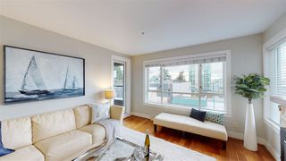 """Photo 2: 302 118 E 2ND Street in North Vancouver: Lower Lonsdale Condo for sale in """"The Evergreen"""" : MLS®# R2520684"""