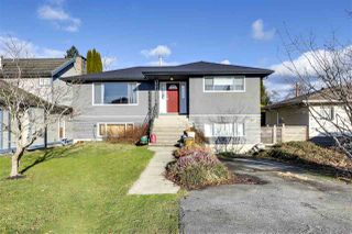 """Photo 1: 756 E 10TH Street in North Vancouver: Boulevard House for sale in """"BOULEVARD"""" : MLS®# R2527385"""
