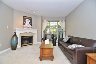 "Photo 6: 59 65 FOXWOOD Drive in Port Moody: Heritage Mountain Townhouse for sale in ""FOREST HILL"" : MLS®# V936261"