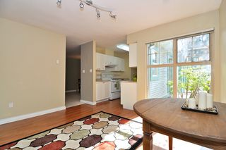 "Photo 4: 59 65 FOXWOOD Drive in Port Moody: Heritage Mountain Townhouse for sale in ""FOREST HILL"" : MLS®# V936261"