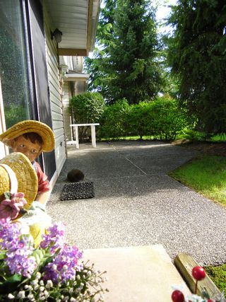 """Photo 24: 13 9965 151ST Street in Surrey: Guildford Townhouse for sale in """"Spencer's Gate"""" (North Surrey)  : MLS®# F1213452"""