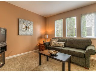 "Photo 6: 87 211 BEGIN Street in Coquitlam: Maillardville Townhouse for sale in ""FOUNTAIN BLEU"" : MLS®# V966076"