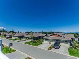 Photo 2: 6163 Arlin Pl in NANAIMO: Na North Nanaimo Row/Townhouse for sale (Nanaimo)  : MLS®# 645577