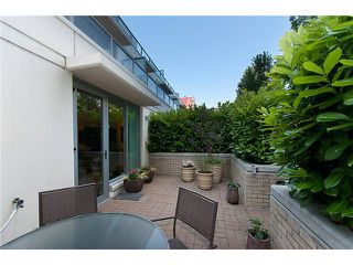 """Photo 18: 128 PRIOR Street in Vancouver: Mount Pleasant VE Townhouse for sale in """"CREEKSIDE"""" (Vancouver East)  : MLS®# V1016762"""