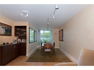"""Photo 4: 128 PRIOR Street in Vancouver: Mount Pleasant VE Townhouse for sale in """"CREEKSIDE"""" (Vancouver East)  : MLS®# V1016762"""