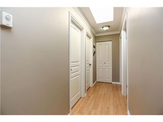 """Photo 15: 407 2439 WILSON Avenue in Port Coquitlam: Central Pt Coquitlam Condo for sale in """"AVEBURY POINT"""" : MLS®# V1027199"""
