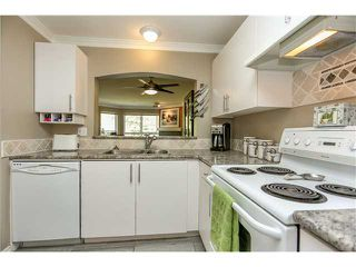 """Photo 9: 407 2439 WILSON Avenue in Port Coquitlam: Central Pt Coquitlam Condo for sale in """"AVEBURY POINT"""" : MLS®# V1027199"""