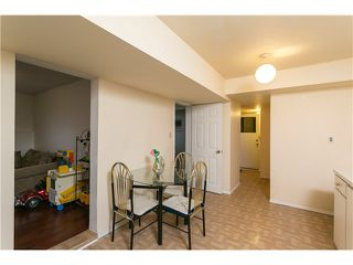 Photo 14: 553 DRAYCOTT ST in Coquitlam: Central Coquitlam House for sale : MLS®# V1036712