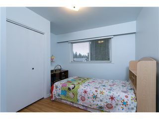 Photo 11: 553 DRAYCOTT ST in Coquitlam: Central Coquitlam House for sale : MLS®# V1036712