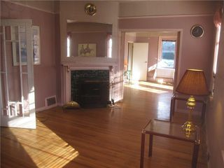 Photo 5: 2888 FRASER ST in Vancouver: Mount Pleasant VE House for sale (Vancouver East)  : MLS®# V1034651