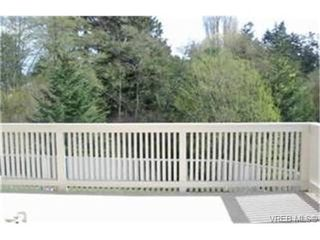 Photo 8: 2363 Selwyn Road in VICTORIA: La Thetis Heights Single Family Detached for sale (Langford)  : MLS®# 186898