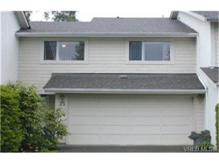 Photo 1: 11 1287 Verdier Ave in BRENTWOOD BAY: CS Brentwood Bay Row/Townhouse for sale (Central Saanich)  : MLS®# 339376