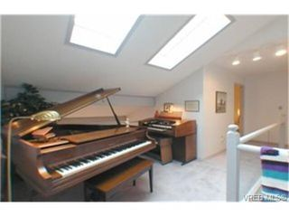 Photo 3: 11 1287 Verdier Ave in BRENTWOOD BAY: CS Brentwood Bay Row/Townhouse for sale (Central Saanich)  : MLS®# 339376
