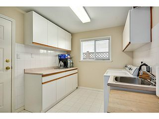 Photo 18: 5288 CENTRAL AV in Ladner: Hawthorne House for sale : MLS®# V1073977