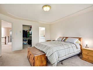 Photo 11: 5288 CENTRAL AV in Ladner: Hawthorne House for sale : MLS®# V1073977
