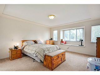 Photo 10: 5288 CENTRAL AV in Ladner: Hawthorne House for sale : MLS®# V1073977