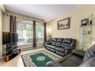 Photo 5: 101 5189 Gaston st in Vancouver: Collingwood VE Condo for sale (Vancouver East)  : MLS®# V1079918