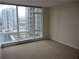 Photo 13: 1201 2980 ATLANTIC AVENUE in Coquitlam: North Coquitlam Condo for sale : MLS®# R2041349