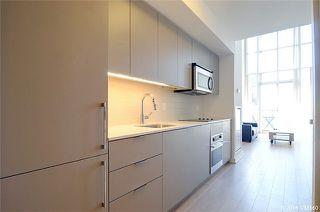 Photo 12: 5 Hanna Ave Unit #405 in Toronto: Niagara Condo for sale (Toronto C01)  : MLS®# C3572052
