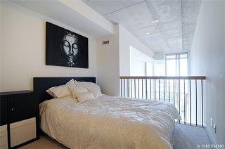 Photo 2: 5 Hanna Ave Unit #405 in Toronto: Niagara Condo for sale (Toronto C01)  : MLS®# C3572052
