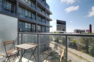 Photo 7: 5 Hanna Ave Unit #405 in Toronto: Niagara Condo for sale (Toronto C01)  : MLS®# C3572052