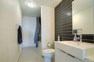 Photo 4: 5 Hanna Ave Unit #405 in Toronto: Niagara Condo for sale (Toronto C01)  : MLS®# C3572052