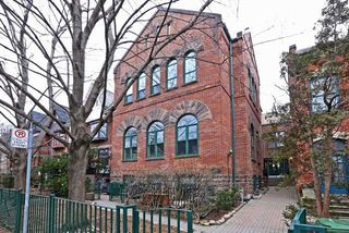 Photo 1: 289 Sumach St Unit #8 in Toronto: Cabbagetown-South St. James Town Condo for sale (Toronto C08)  : MLS®# C3715626