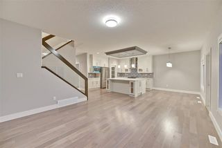 Photo 14: 3896 Robins CR NW: Edmonton House for sale : MLS®# E4106163