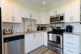 """Photo 9: 24 33313 GEORGE FERGUSON Way in Abbotsford: Central Abbotsford Townhouse for sale in """"Cedar Lane"""" : MLS®# R2389130"""
